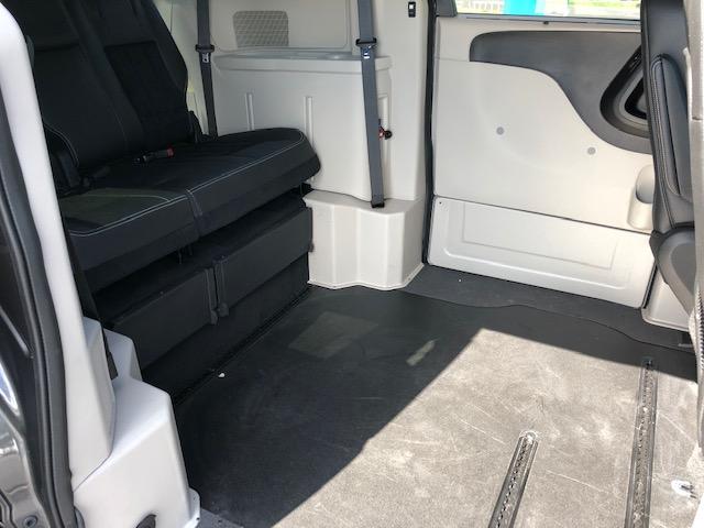 https://vancitymobility.com/media/files/2012_Dodge_SE_LT_Silv_8.JPG